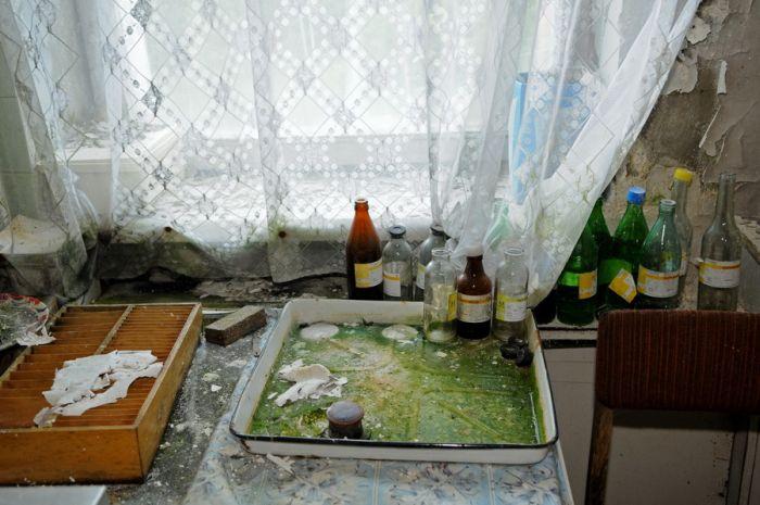 Покинутий санаторій (35 фото)