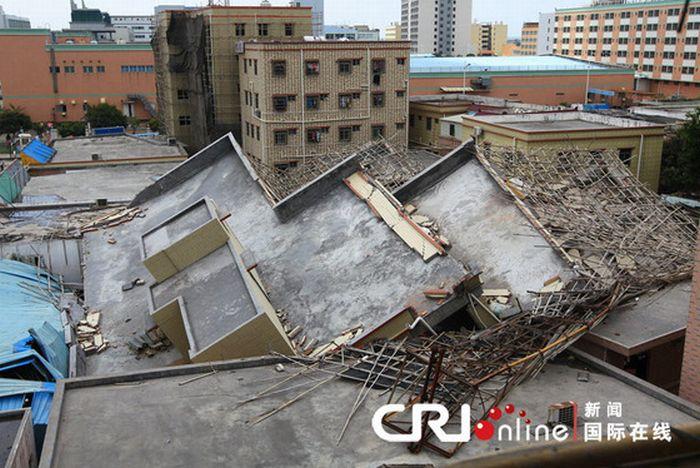 Китайські будівельники заощадили на арматурі (13 фото)