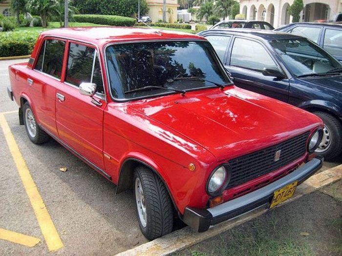 Наші авто на Кубі (24 фото)