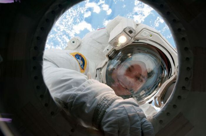 Відкритий космос (33 фото)
