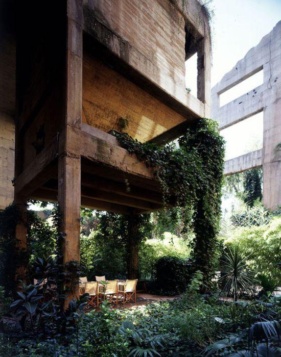 Будинок в цементному заводі (13 фото)
