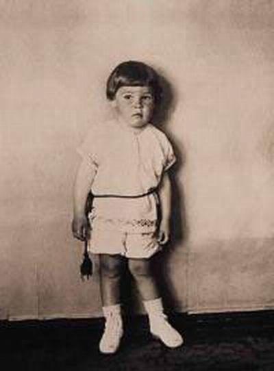 Політики і світові лідери в дитинстві (48 фото)