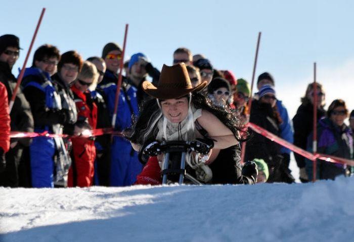 Божевільні гонки (46 фото)