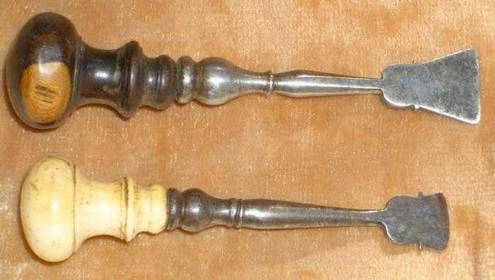Інструменти стоматологів минулого (15 фото)