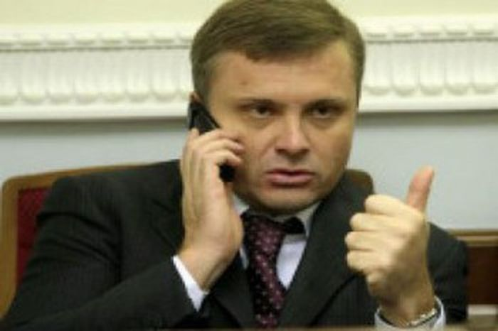 VIP-гараж українських політиків (17 фото)