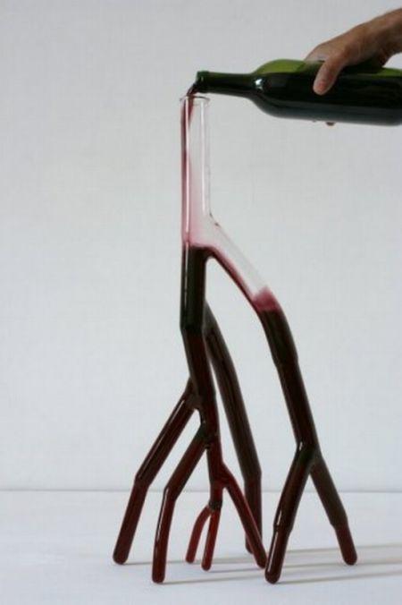 Футуристичні винні графини (10 фото)