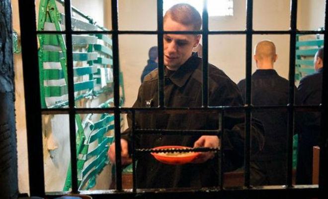 Можно ли в тюрьме грызть семечки закон,колония,культура,Пространство,семечки,тюрьма