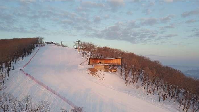 Смотровая площадка на горнолыжном курорте в Китае Интересное