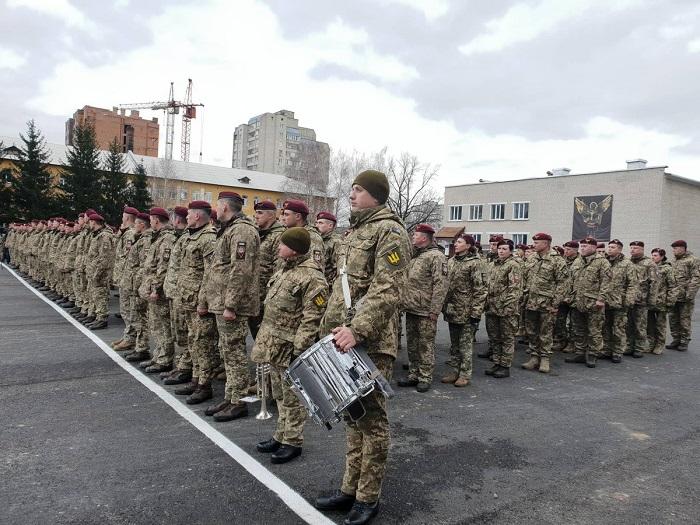 «Фантастическая армия» Порошенко: Чему солдат НАТО могут научить ВСУ украина