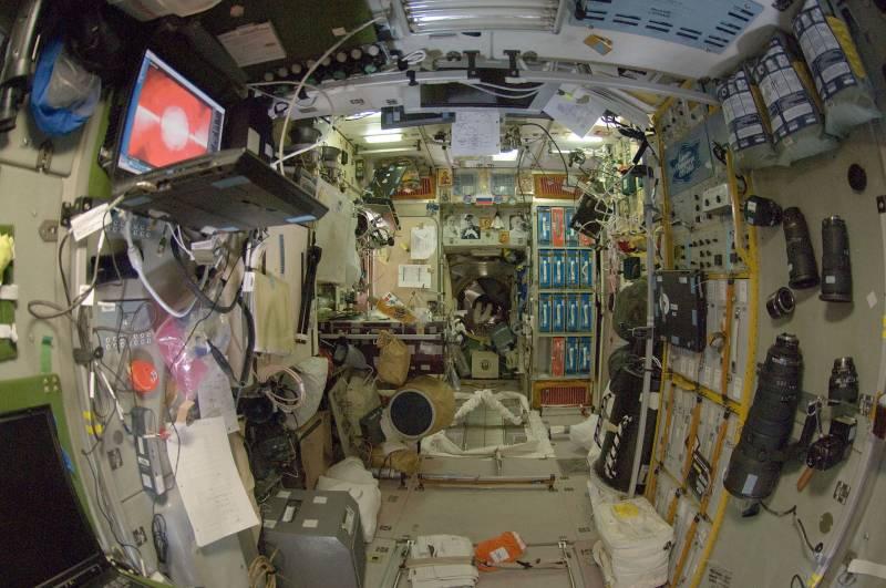 Нужны ли вы на орбите, нужна ли орбита вам? космос