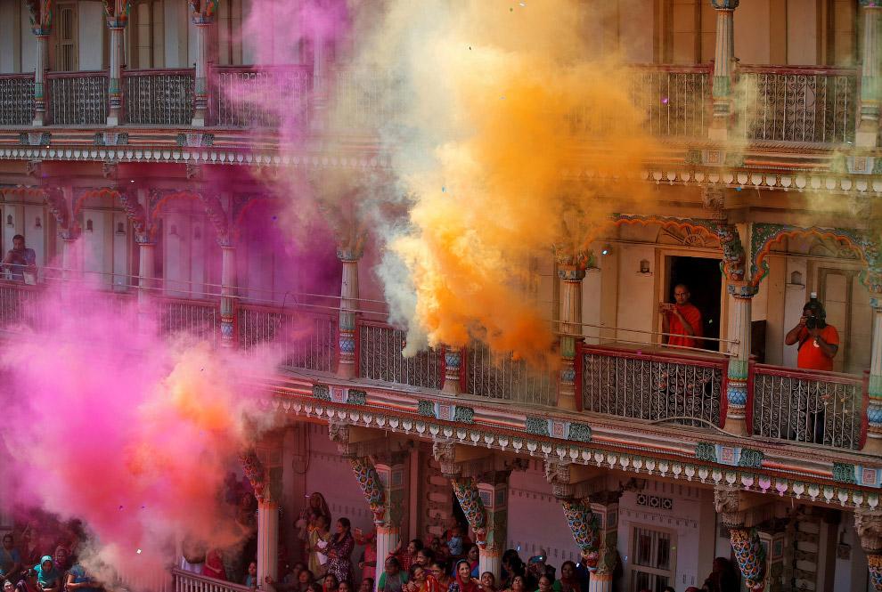 Фестиваль красок Холи 2019 индия