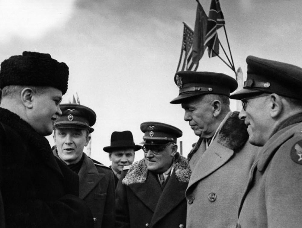 Воспоминания Владимира Павлова личного переводчика Сталина история СССР